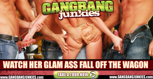 gangbangjunkies half 01 01 Faye Runaway at interracial bukkake blog
