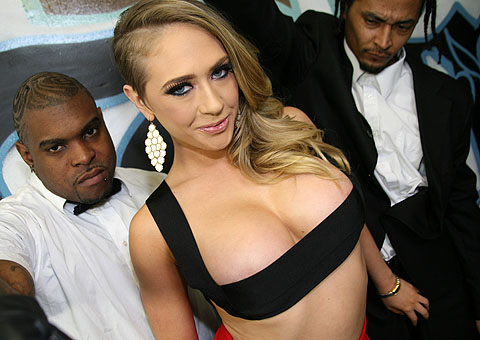 Busty blonde Kagney Linn Karter gets a warm facial from Bro Bang